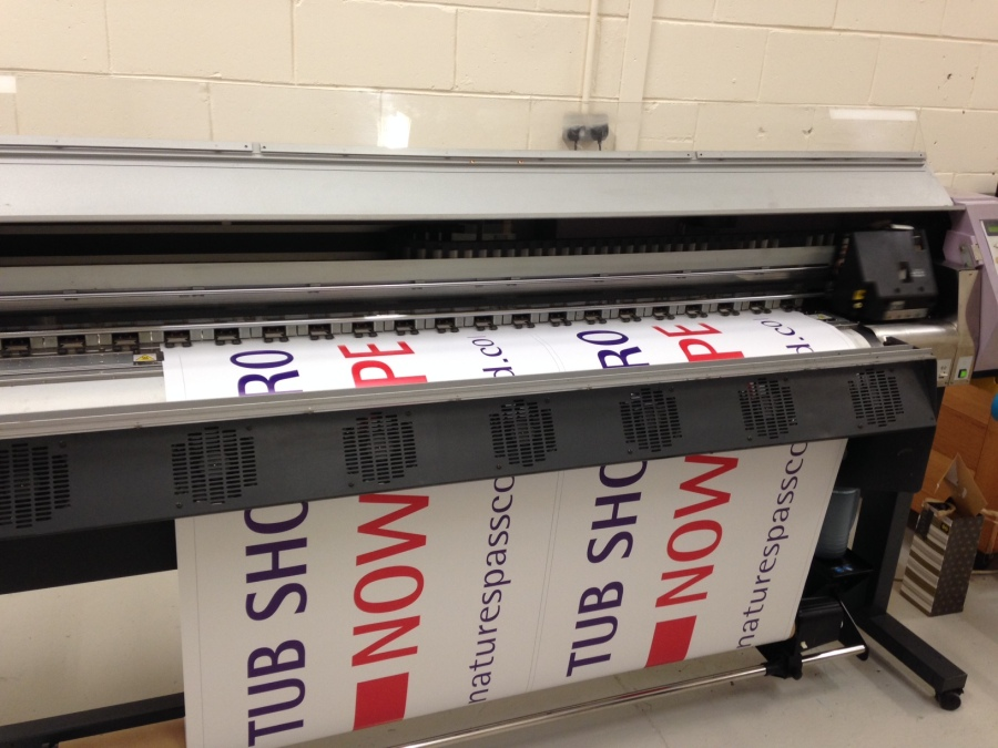 Banner printing for Signature Spas Scotland - Lomond Branding